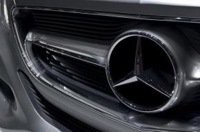 У петербуржца отобрали Mercedes за долги его предыдущего владельца
