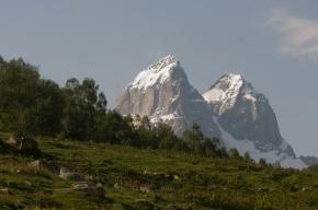 Российские альпинисты погибли под лавиной в горах Грузии