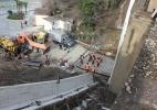 В Сочи рухнул мост - фоторепортаж: Фоторепортаж