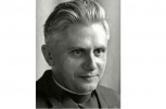 Фоторепортаж: «Бенедикт XVI, в миру Йозеф Алоис Ратцингер »