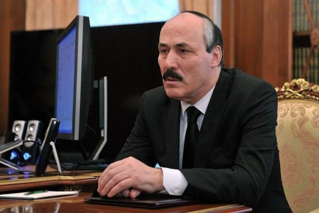Путин и глава Дагестана Абдулатипов: Фото