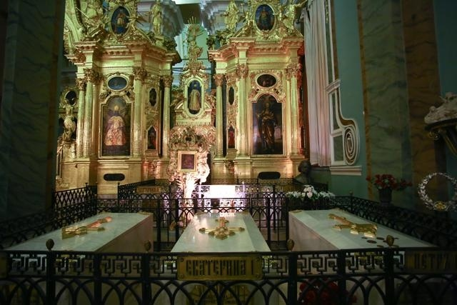 Отреставрированный иконостас Петропавловского собора: Фото