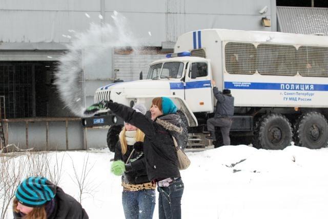 Снежная битва в Петербурге: Фото