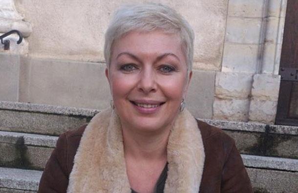 «Если бы в Париже багет стоил столько, сколько на Б. Никитской, французы вспомнили бы о м-м Гильотине» - Елена Караева