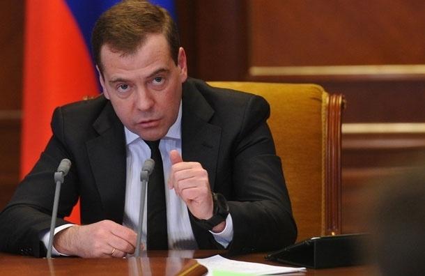 «Я приехал в Москву в 1999 году. …  Прошло 14 лет - в Москве до сих пор самая плохая связь» - Дмитрий Медведев