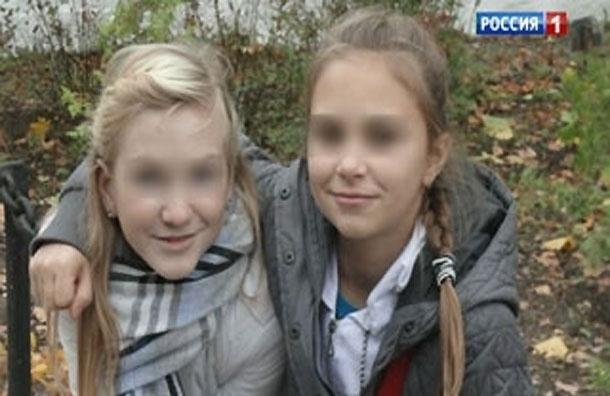 Родители сестер Шутовых показали девочек полиции