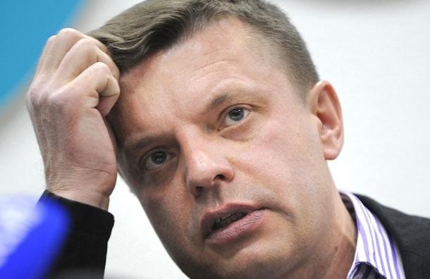 Леонид Парфенов снимает новую программу.  Нужны «100% солдаты Вавилона»