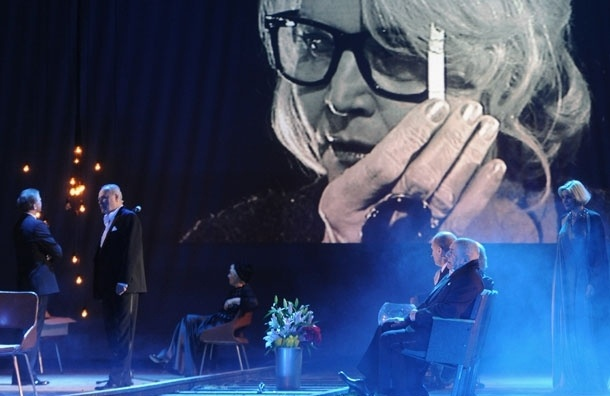 Московским театрам предлагают начинать спектакли в 20.00