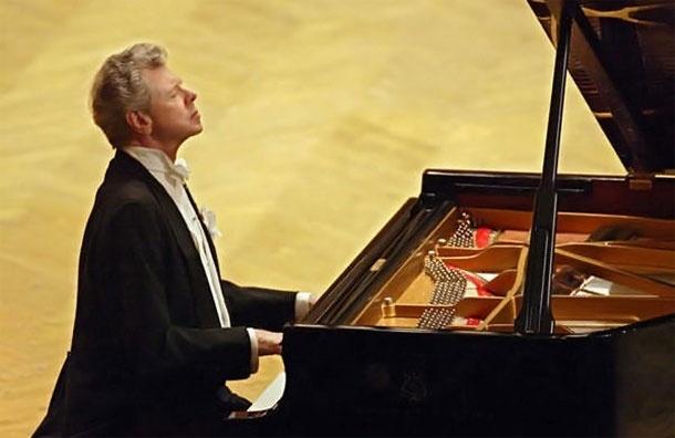 Умер всемирно известный пианист Ван Клиберн
