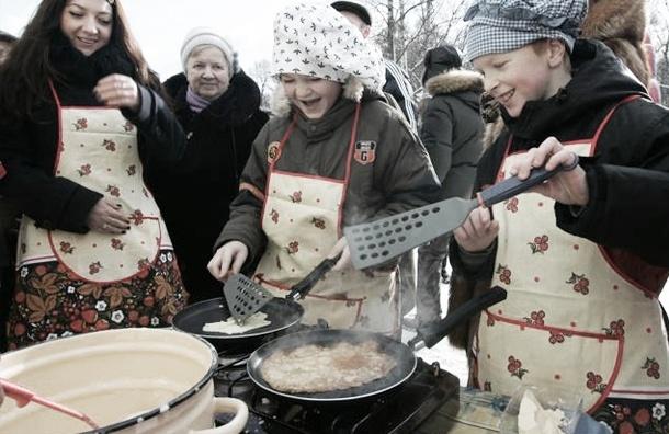«Теплосеть» накормит сотрудников блинами на Масленицу за полмиллиона