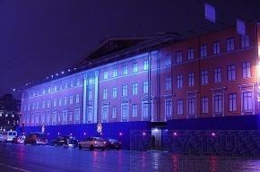 У «Литературного дома» на Невском убрали синий забор
