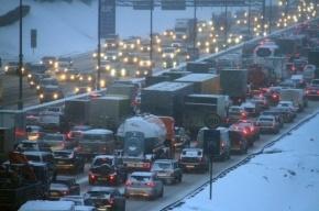 Пробки в Москве достигли 10 баллов из-за снегопада