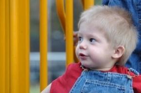 Мать Максима Кузьмина просит восстановить ее в родительских правах и вернуть второго ребенка