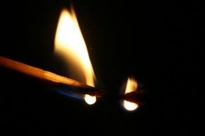 Петербуржец загорелся на пороге собственной квартиры