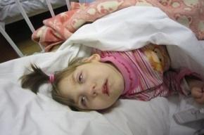 Полицейские нашли мать брошенной девочки-инвалида с ДЦП