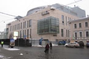 Петербуржцы сравнили Мариинку-2 с торговым центром и автомобильным заводом
