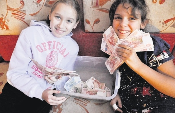 «Продавая свои поделки нарынке, язаработала 200 000!». История юного волонтера