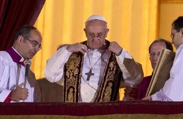 Папа римский Франциск будет первым понтификом, выпускающим свое вино