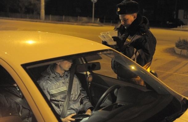 Полицейский, врезавшийся на машине в столб, будет уволен