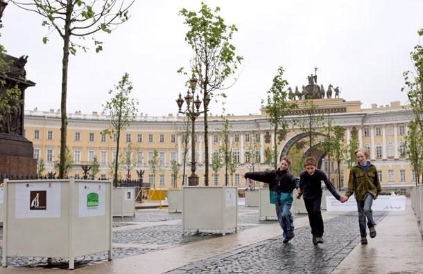Липы и елки для Тверской. На центральной улице Москвы появятся деревья в кадках