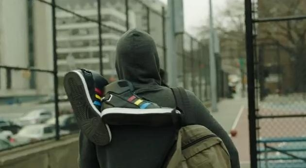 Говорящие кроссовки Google - фото: Фото