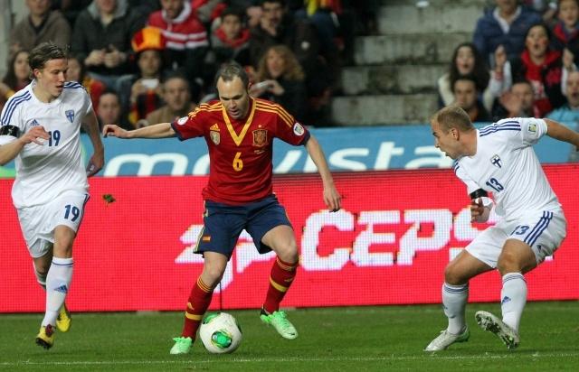 Матч Испания - Финляндия 22 марта 2013: Фото