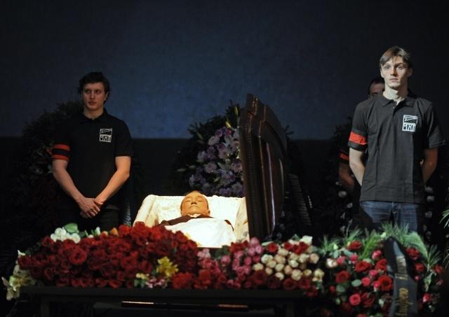 Андрей Панин, прощание: Фото