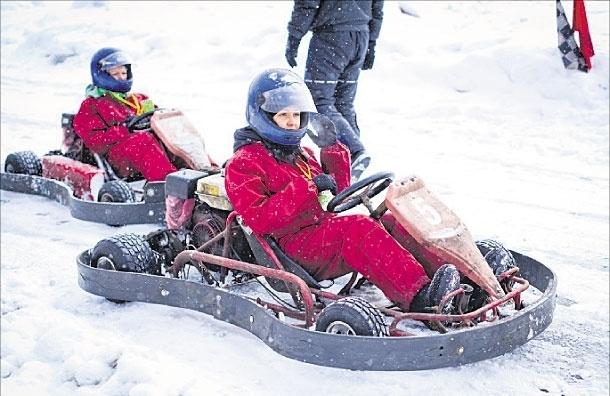 Лед растаял под колесами. На ралли с участием чиновниц Юго-Восточного округа