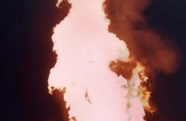 В Москве загорелся газопровод, пламя достигает 10 метров