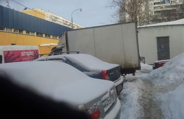 Насколько легко передвигаться по Москве маме с коляской? Фото из Строгино