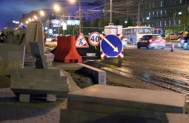 На Кутузовском проспекте насмерть сбит перебегавший дорогу мужчина