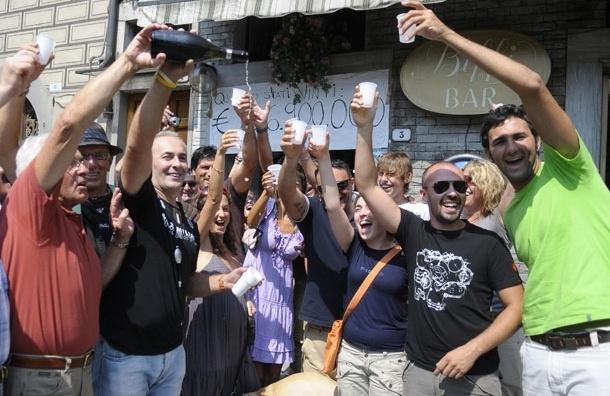 Иммигрант из Доминиканской республики выиграл в американскую лотерею 338 млн долларов