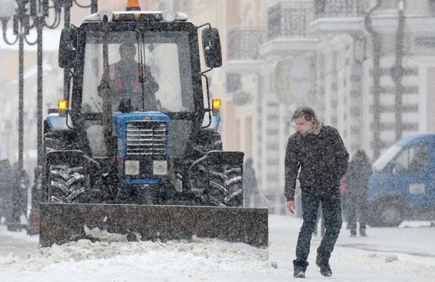 Один человек погиб и двое госпитализированы в Киеве во время аномальных снегопадов