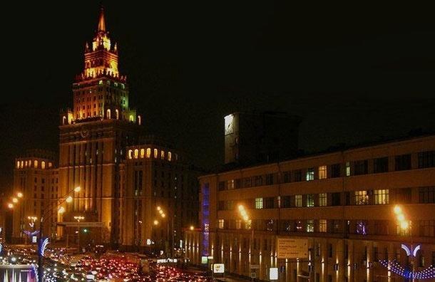 На Зубовском бульваре тестируют новое светодиодное освещение