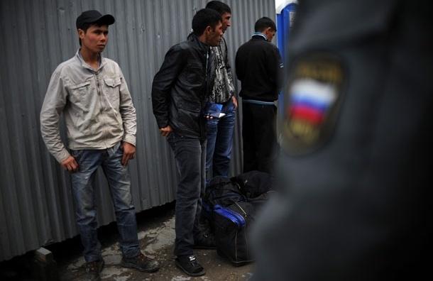 В массовой драке мигрантов в районе Теплый Стан зарезали узбека
