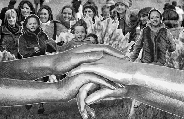 Молодая женщина и ее мама взяли под опеку 17 девочек и сделали из замарашек принцесс