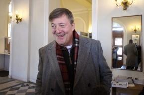 Стивен Фрай взял у Виталия Милонова интервью о геях, религии и разрушении Британии