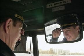 В 342 петербургских автобусах за пассажирами и водителями будут следить видеокамеры