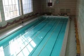 Девятилетний мальчик захлебнулся в бассейне на Декабристов в Петербурге