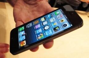 Изобретатели из Apple научат iPhone правильно падать