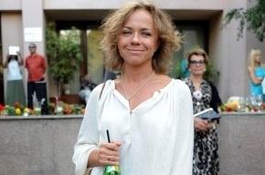 Лена Перова попала в ДТП после того, как вскрыла вены: в крови певицы нашли алкоголь