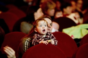 Милонов предлагает закрывать кинотеатры, пускающие детей на взрослые фильмы