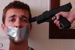 Все заложники в Астрахани освобождены, полиция ищет сообщников преступника
