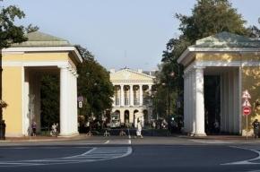 Чиновники Петербурга отдадут свои кабинеты под музеи