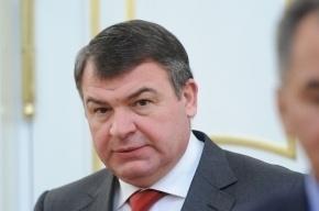 Экс-министр обороны Сердюков сам попросился на допрос в Следственный комитет