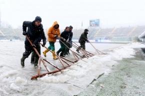 Матч Северная Ирландия – Россия состоится, несмотря на слой воды и снега на поле