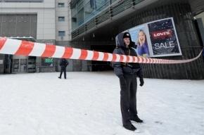 В адвоката выпустили четыре пули на парковке «Леруа Мерлен» в Москве