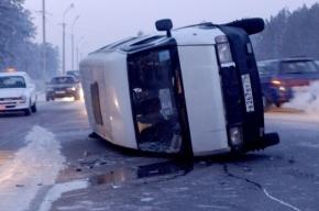 Две маршрутки до Сертолово столкнулись с фурой на выезде из Петербурга, есть раненые