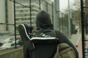 Google представила говорящие кроссовки, побуждающие бегать и прыгать