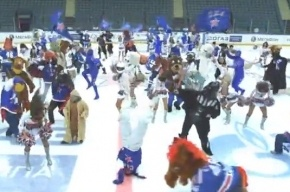 Болельщики и группа поддержки СКА сняли свой Harlem Shake